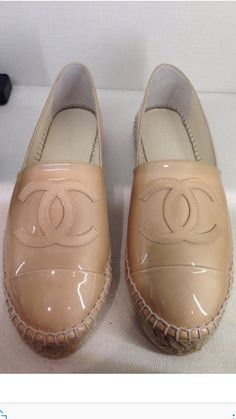 CHANEL 2017 Cruise Line Patent Tan Leather Espadrilles Flat Shoes