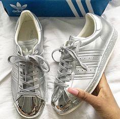 e8ae2e0af0a adidas superstar metal toe Mais Snicker Shoes