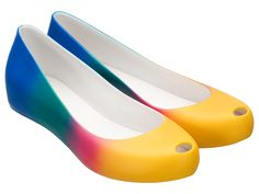#MelissaUltragirlRainbow #MelissaShoes #MelissaRainbow