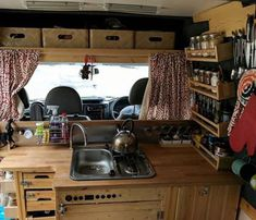 Van landscaping what kitchen for my van 34 Astuces Camping-car, Van Mercedes, T5 Camper, Caravan Renovation, Van Interior, Interior Ideas, Van Camping, Campervan, Van Life