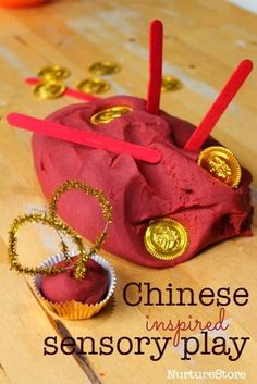 Chinese New Year sensory play Chinese spice play dough.what could we provide alongside dough to spark conversation around chinese culture and artefacts? Chinese New Year Crafts For Kids, Chinese New Year Activities, Chinese Crafts, New Years Activities, Activities For Kids, Literacy Activities, Preschool Crafts, Preschool Activities, Creative Activities
