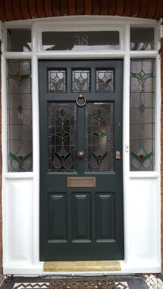 70 super Ideas for stained glass front door ideas beautiful Craftsman Front Doors, Victorian Front Doors, Grey Front Doors, Front Door Porch, Beautiful Front Doors, Porch Doors, Front Door Entrance, Exterior Front Doors, House Front Door