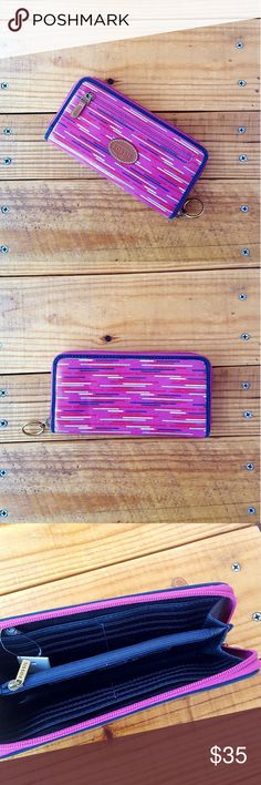"""fossil • keyper zip clutch/wallet About: •brand: Fossil •size: medium •color: pink berry stripe •navy blue interior •zipper closure •13 card slots (including id) •1 inside zipper pocket •1 outside zipper pocket •brand new with tags •comes from a smoke-FREE home  Measurements: •width: 8"""" •height: 4"""" Fossil Bags Wallets"""