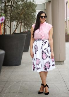 Pretty in Pink ensemble composed of flowy pink top and rose printed midi skirt both from New York & Co. Perfect outfit for brunch, a baby shower, or tea party. Click on the pic to go to the blog post and see more pictures and details!