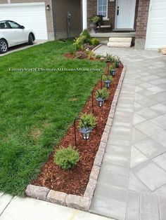 7 Exceptional Tips: Big Backyard Garden Landscaping small backyard garden fence.Backyard Garden Design How To Grow. Outdoor Landscaping, Outdoor Gardens, Cheap Landscaping Ideas For Front Yard, Backyard Ideas, Outdoor Walkway, Front Garden Ideas Driveway, Front Walkway Landscaping, Landscaping Tips, Modern Backyard
