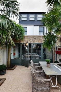 Trendy home exterior french landscaping ideas Extension Designs, Glass Extension, House Extension Design, Rear Extension, Extension Ideas, Style At Home, Modern Courtyard, Victorian Terrace, House Extensions