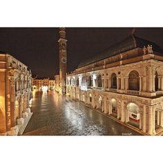 Basilica Palladiana, Vicenza ITALY