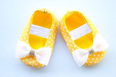 Baby Girl Shoes Baby soft sole shoes Newborn Shoes by OieShop