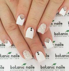 white-nail-art-10