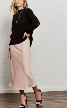 The compliments will come pouring in when you're wearing the Flirty Forever Blush Pink Satin Midi Slip Skirt! Textured satin A-line midi skirt with darting. Slip Dress Outfit, Midi Skirt Outfit, Winter Skirt Outfit, Black Slip Dress, Blush Outfit, Pink Skirt Outfits, Modest Outfits, Modest Fashion, Chic Outfits