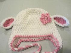 Free pattern - Little lamb Crochet Baby Hat.