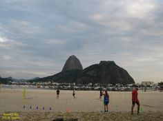 https://flic.kr/p/RqwX8q   Treinamento   Treinamento de atletas na Praia de Botafogo. Rio de Janeiro