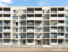 Spatenstich im Stadteil Seestadt 100 M2, Vienna, Multi Story Building, Home Decor, Homes, Haus, Room Decor, Home Interior Design, Home Decoration