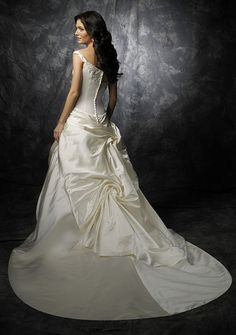 ed96d46f3616b  عرايس  فساتين تعرفي على شخصيتك من خلال فستان زفافك Top Wedding Dresses
