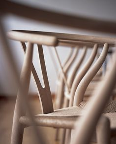 Y-stolen af Hans J. Wegner. Bag om Y-stolen.