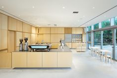 Gallery of Blue Bottle Coffee ROPPONGI Cafe / Schemata Architects - 6