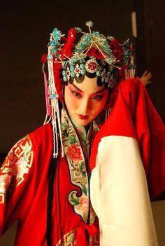 Beijing Opera。京剧。国剧。国粹。花旦。青衣。戏子。戏曲。妩媚。
