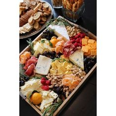 Cheese and Fruit Tray How-To sevenlayercharlotte ❤ liked on Polyvore featuring home, kitchen & dining, serveware, hors d oeuvre tray, fruit cheese tray, appetizer trays, fruit tray and cheese tray