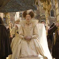 Cate Blanchett as Queen Elizabeth I in Elizabeth: The Golden Age (2007).