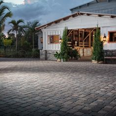 Coordinated Outdoor Design: Introducing New 'Collections by Belgard' Legacy Collection, Outdoor Entertaining, Outdoor Living, Living Spaces, Barn, Horse, Vegan, House Styles, Building
