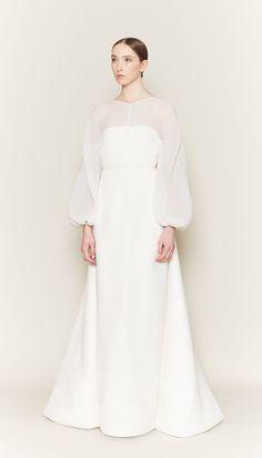 Emilia Wickstead lança primeira coleção de vestidos de noiva - Vogue | Noiva