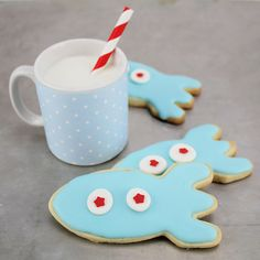 Rocket Cookies!! Perfect for a Space theme! Or a Baby Boy Shower! http://www.layercakeshop.com/blogs/the-daily-mixer/7991511-rocket-cookies