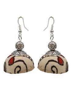 Jewellery Sale, Fashion Jewellery, Handmade Jewellery, Soutache Earrings, Diy Earrings, Indiana, Indian Crafts, Fabric Jewelry, Animal Drawings