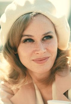 Karen Black, you will be missed.  http://stagebuddy.com/theater/karen-blacks-theater-career/?utm_source=Pinterest_medium=Pins_campaign=Kerstin