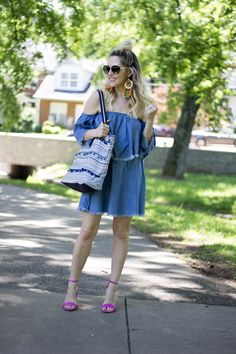 Fringe Denim! It happens to be one of my favorite new trends and I'm just a little bit obsessed! I'm sharing 4 ways to rock your fringed denim on nashvillewifestyles.com!  | denim off the shoulder | denim dresses | frayed denim | how to wear frayed denim | Summer style | summer trend | summer dress| fringe denim |