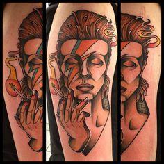 10 GLAM ROCK DAVID BOWIE TATTOOS http://blog.tattoodo.com/2015/12/10-glam-rock-david-bowie-tattoos/
