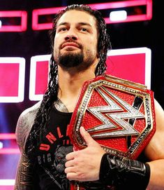 WWE Superstar Roman Reigns Makes First Public Appearance Since Announcing Leukemia Diagnosis Roman Reigns Wwe Champion, Wwe Superstar Roman Reigns, Wwe Roman Reigns, Roman Regins, Wwe World, Wwe Champions, Brock Lesnar, Wwe News, Wwe Superstars
