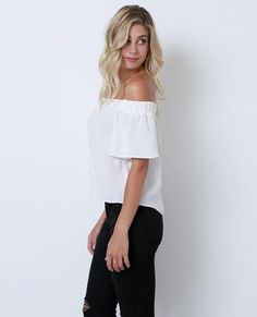 +Non-stretchy light weight fabric short sleeves off-shoulder top