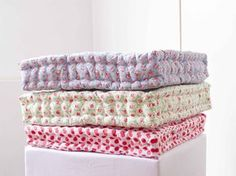 dobleufa: Quilted floor cushion tutorial (english version)