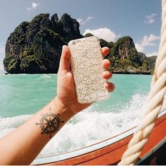 A vida é bem melhor na praia! {case: rendada}  [DISPONÍVEL PARA TODOS OS IPHONE GALAXY E MOTO G]  #gocasebr #instagood #iphonecase #renda #photography #tailandia #minhagocase
