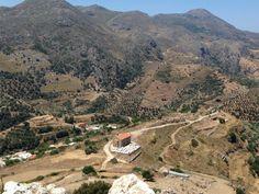 """Polyrrinia, Kreta Grecja. """"Wyprawa do Polyrrinia"""".  Widok ze szczytu na Polyrrinia."""