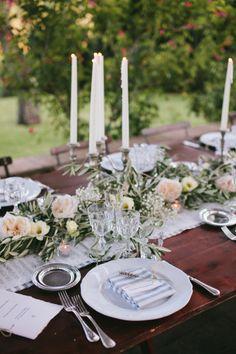 Pretty Italian wedding tablescape: http://www.stylemepretty.com/little-black-book-blog/2014/12/11/rustic-tuscan-fall-wedding/ | Photography: Matteo Crescentini - http://www.matteocrescentini.it/