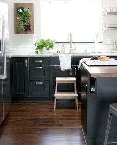11 Ikea Kök Ur Verkliga Livet Inspireras Av Andras Från Dark Kitchen Cabinetsikea