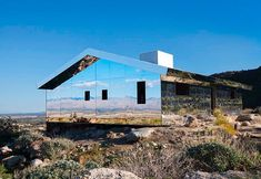 Mirage: House of Mirrors (Gone), Palm Springs, California House Of Mirrors, Electrical Layout, Desert Art, American Houses, Coachella Valley, Ranch Style Homes, New House Plans, Luxury Homes, Architecture Design
