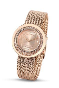 Dámské hodinky Morellato Luna R0153112503  Luxusní pěkné dámské hodinky Morellato Luna R0153112503 se spolehlivým bateriovým strojkem Movement Y120. Pouzdro hodinek je vyrobeno z chirurgické oceli o průměru 34x34x9. Bronzový ciferník s nápisem Morellato je zdoben skleněnými kamínky místo číselníku. Hodinky mají bronzovou úpravu. Pásek hodinek je vyroben z chirurgické oceli. Pouzdro hodinek je osazeno bílými a bronzově čirými krystaly. Sklíčko hodinek je minerální. Dodáváno v originálním…