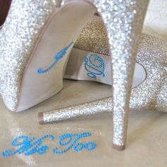 2 pcs/set Wedding Decoration I DO and ME TOO Clear Rhinestones Shoe Stickers Colorful Wedding Party Festival Decoration Dift