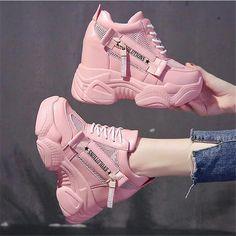 Fashion Boots, Sneakers Fashion, Grunge Shoes, Korean Shoes, Basket A Talon, Kawaii Shoes, Harajuku, Swag Shoes, Aesthetic Shoes