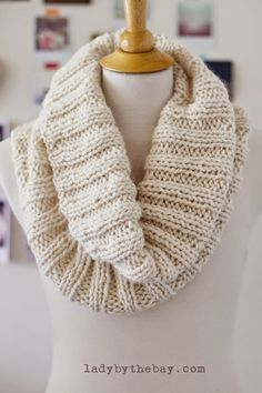 I like patterns that look the same on both sides...Lady by the Bay - Cozy Ribbed Scarf Knitting Pattern