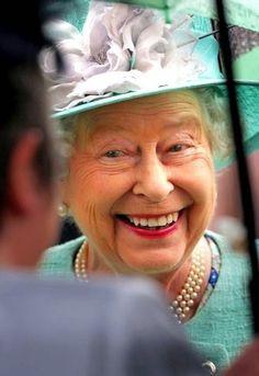 royalisticism:  Queen Elizabeth