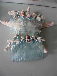 Hey, I found this really awesome Etsy listing at https://www.etsy.com/listing/187445061/seashell-hair-accessories-hair-combs