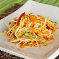 Thai Green Papaya Salad (Som Tam)