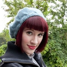 Knit this gorgeous beret for Fall with our free pattern and step-by-step tutorial.