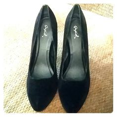 Qupid Classic Platform Heels Quipid Classic Platform Heels. Black. Velvet/Velour material. Size 10M. Pre-owned but in good condition. Classic Night Out Heels. Qupid Shoes Heels