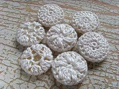 crochet buttons tutorial by MademoiselleChaos
