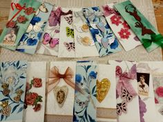 Napkins, Gift Wrapping, Tableware, Gifts, Gift Wrapping Paper, Dinnerware, Presents, Dinner Napkins, Wrapping Gifts