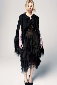 Nina Ricci | Pre-Fall 2012 Collection | Vogue Runway